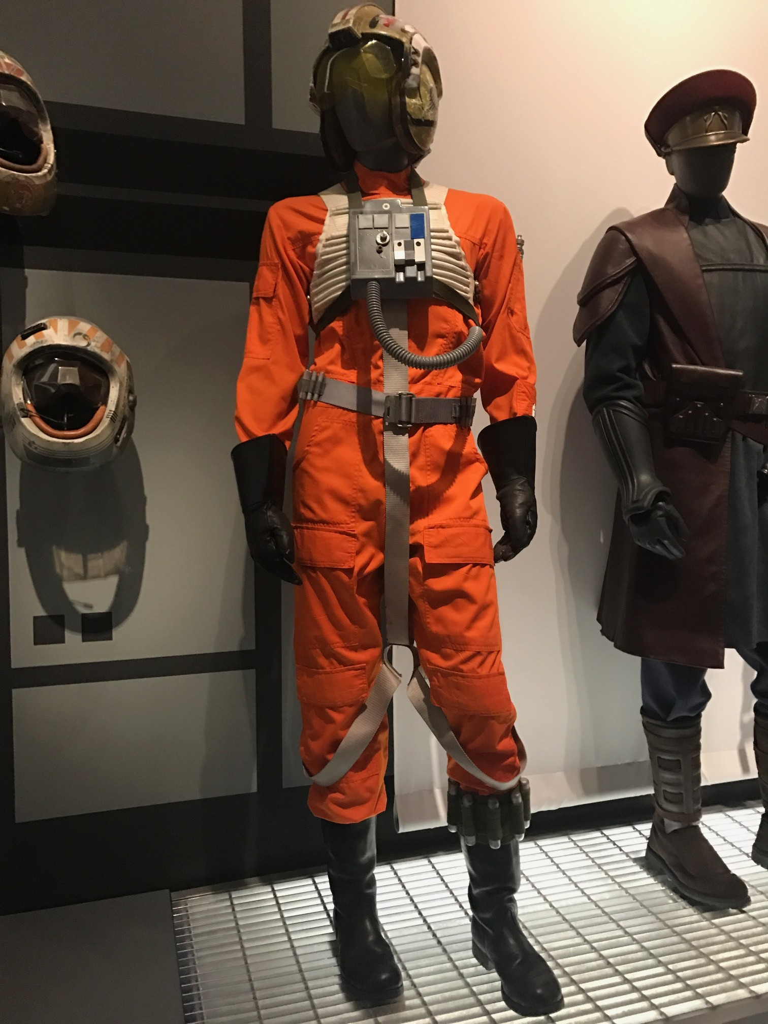 Luke's X-Wing Pilot outfit 2