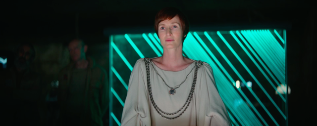 Star Wars Costume Spotlight: Senator Mon Mothma