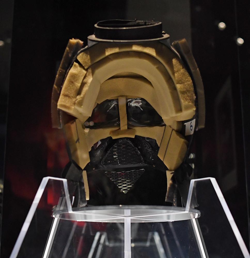 Vader's mask 3