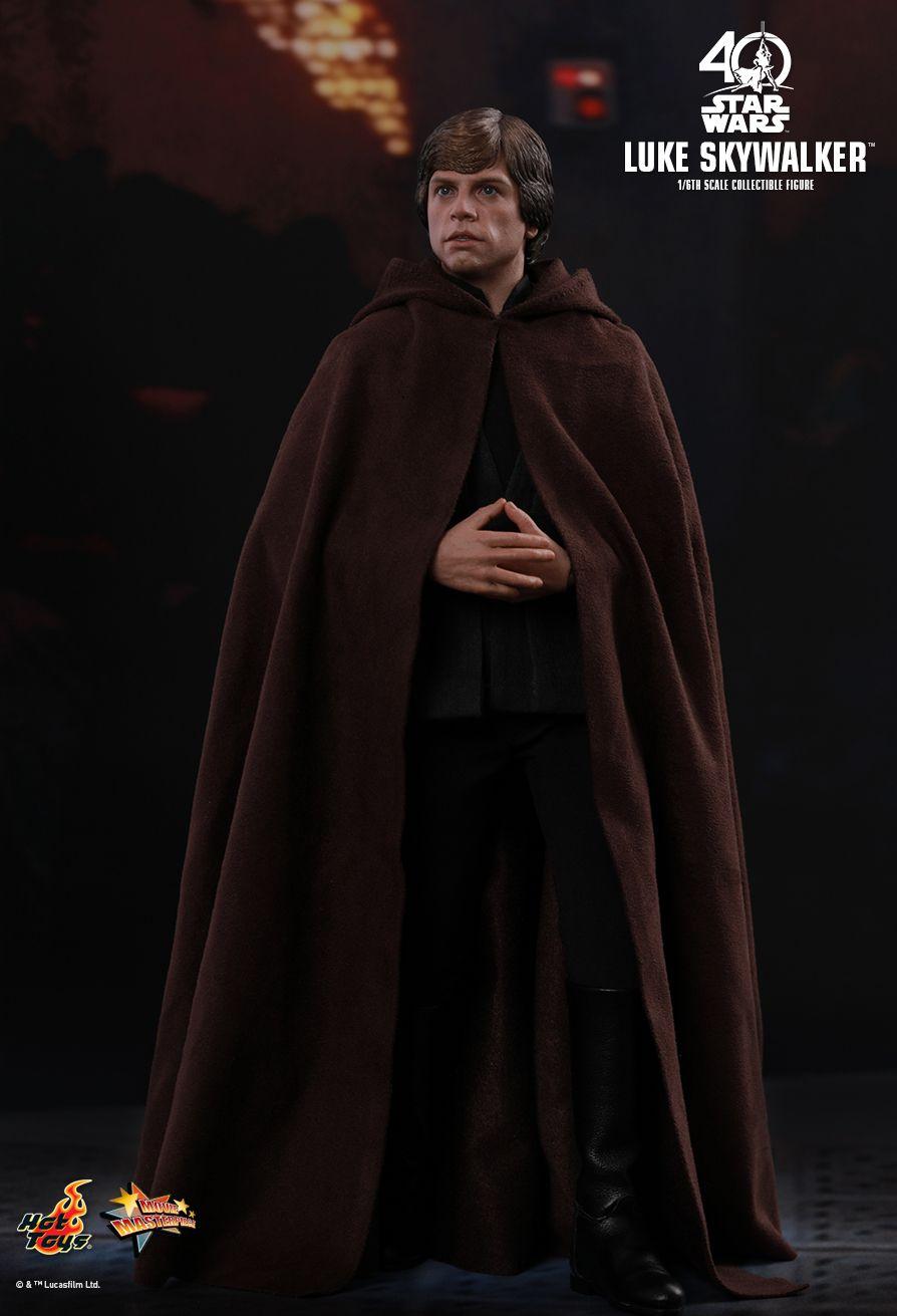 ROTJ- Luke-Skywalker-1:6th-scale-figure-01
