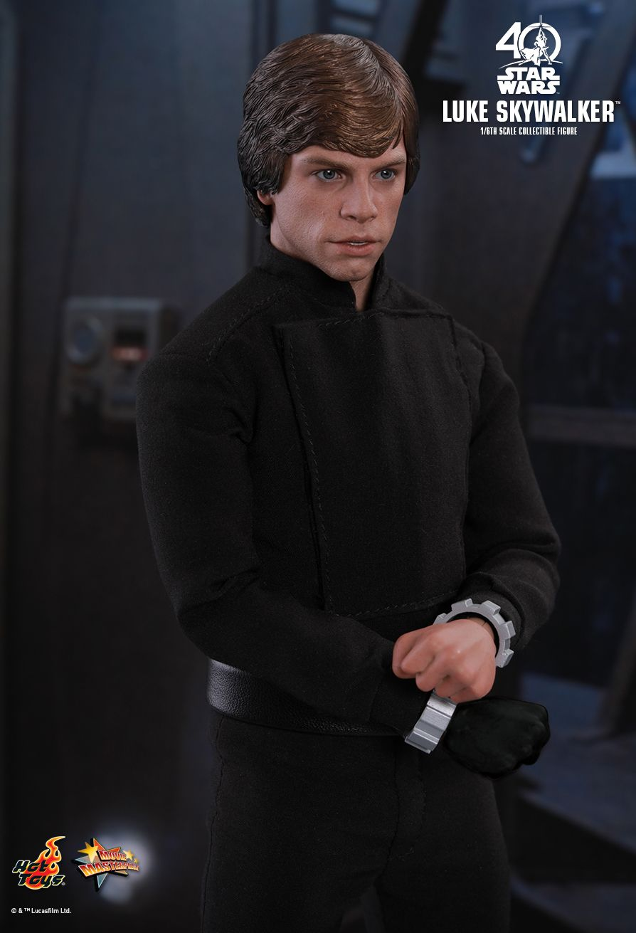 ROTJ-Luke-Skywalker-1:6th-scale-figure-05