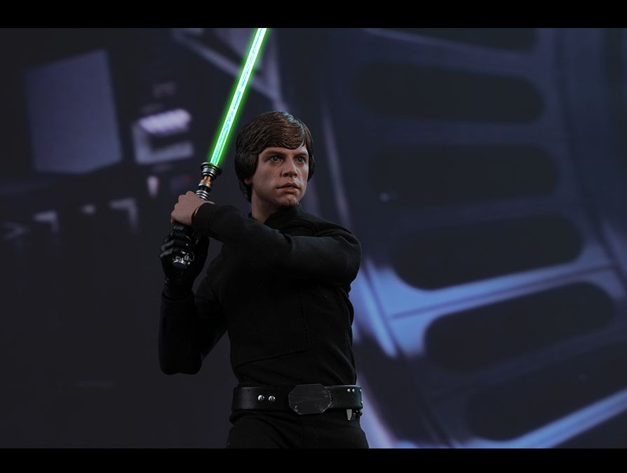 New 1/6th Scale Figure of Luke Skywalker from Hot Toys revealed!
