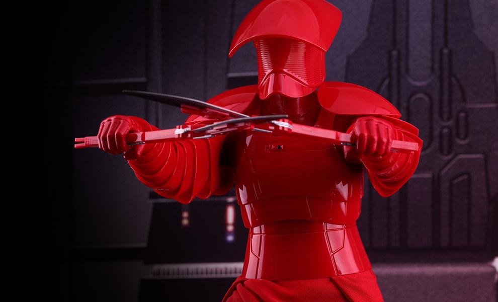 TLJ-Praetorian-Guard-with-double-blade-sixth-scale-Figure-01