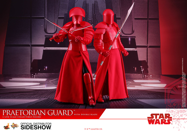 TLJ-Praetorian-Guard-with-double-blade-sixth-scale-Figure-02