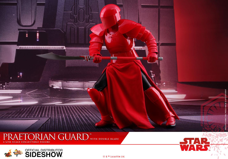 TLJ-Praetorian-Guard-with-double-blade-sixth-scale-Figure-10
