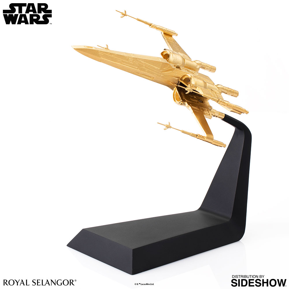 SW-Gilt-X-Wing-Starfighter-scaled-replica-04