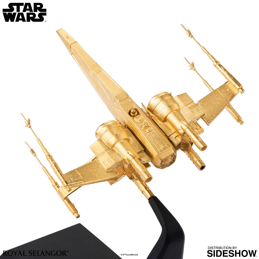 SW-Gilt-X-Wing-Starfighter-scaled-replica-05