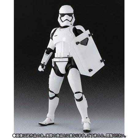 TFA S.H. Figuarts First Order Stormtrooper Figure 5
