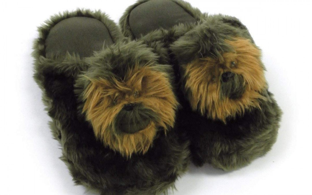 BLACK FRIDAY 2018 Deal: Large Chewbacca Slippers