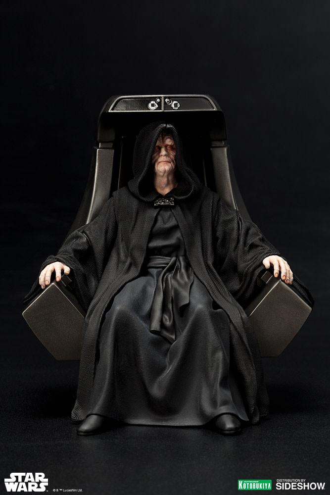 ROTJ-Emperor-Palpatine-statue-02