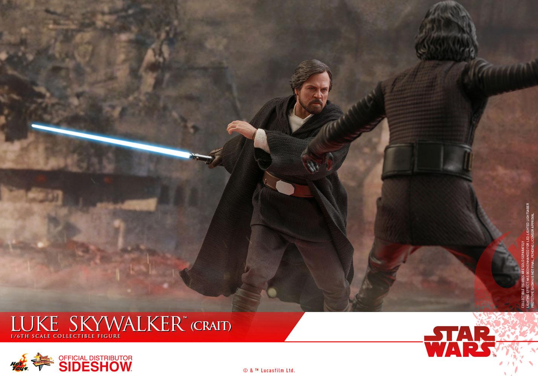 TLJ-Luke-Skywalker-(Crait)-sixth-scale-figure-09