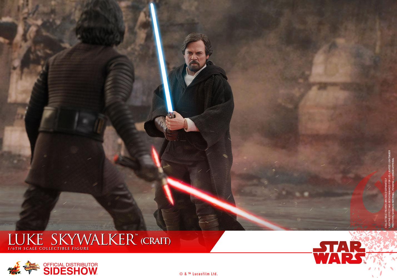 TLJ-Luke-Skywalker-(Crait)-sixth-scale-figure-10