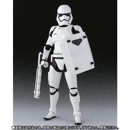 TFA S.H. Figuarts First Order Stormtrooper Figure 3