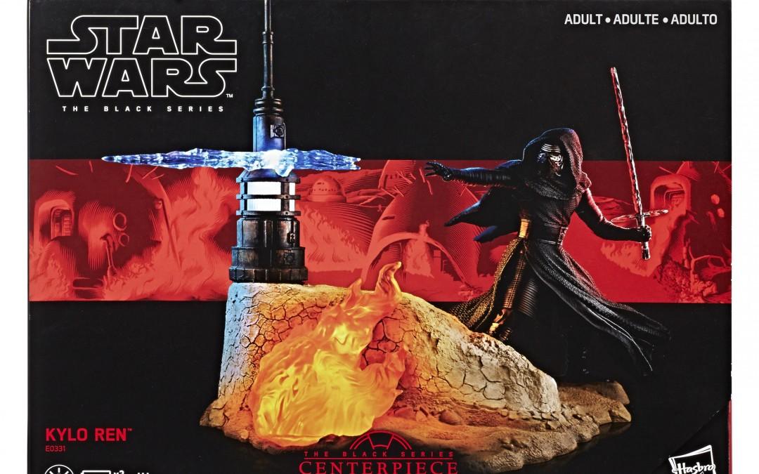 Holiday 2018 Deal: Force Awakens Black Series Kylo Ren Centerpiece Figure Set!