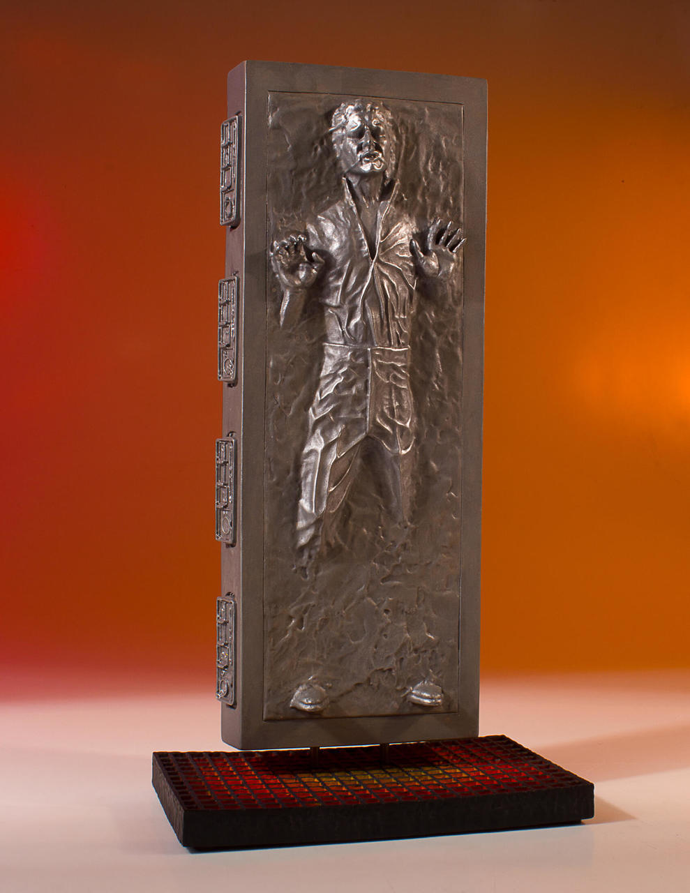 TESB Han Solo In Carbonite Collectors Gallery Statue 2