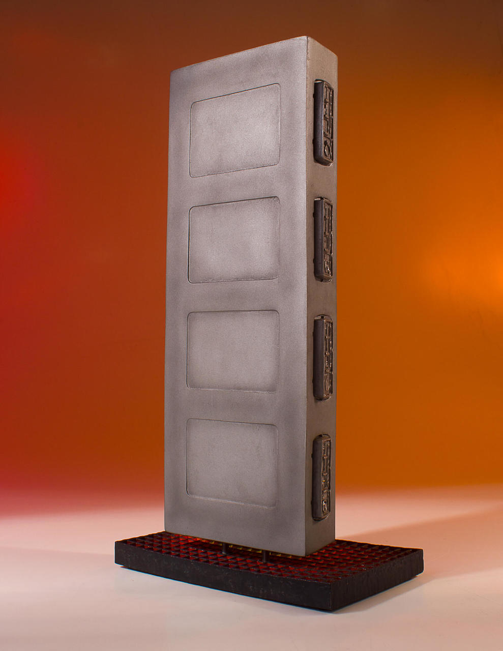 TESB Han Solo In Carbonite Collectors Gallery Statue 4