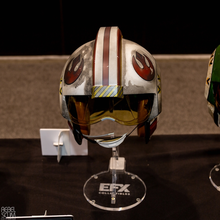 Luke Skywalker X-Wing Pilot Helmets 2