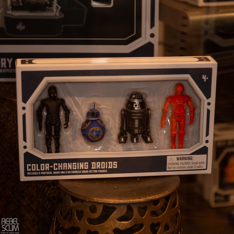 Galaxys-Edge-Star-Wars-Celebration-Chicago-Droid Figures-01