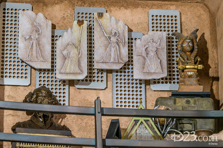 New Star Wars Galaxy's Edge Photos now revealed!