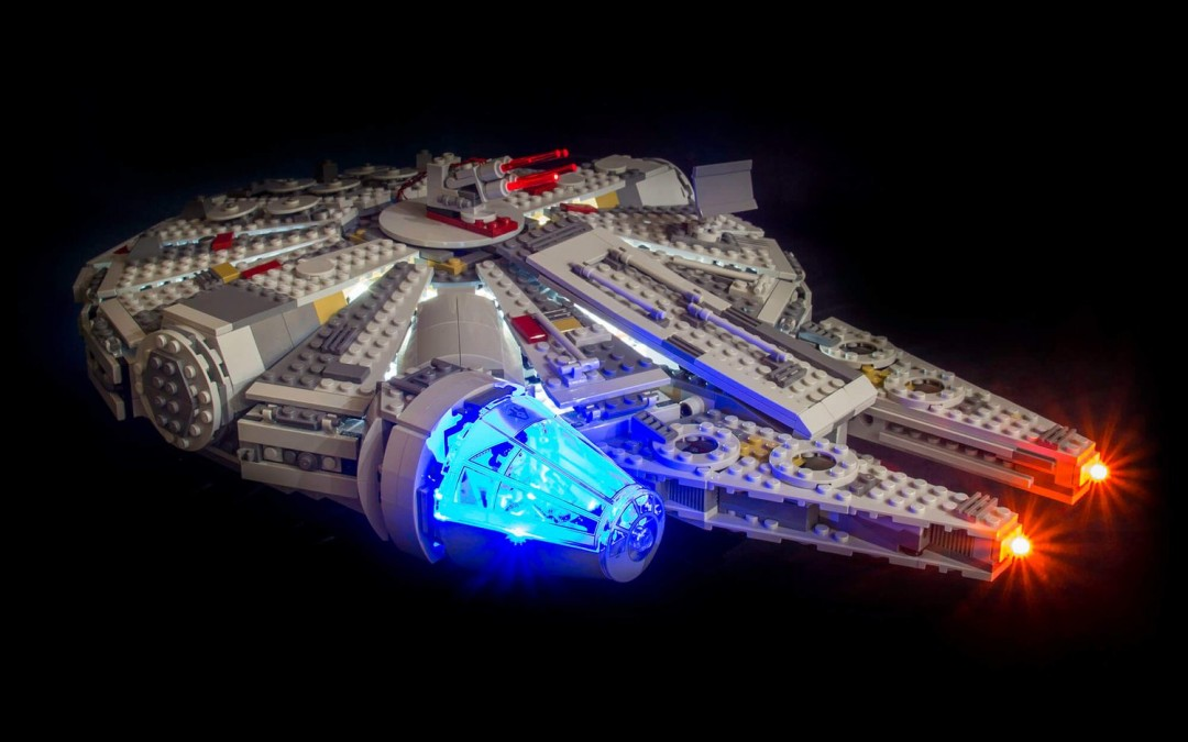 New A New Hope Millennium Falcon Lighting Lego Set available!