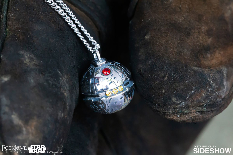 thermal-detonator-necklace-2