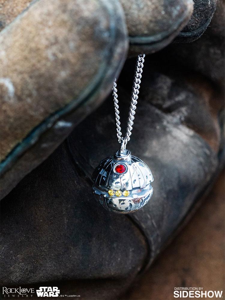 thermal-detonator-necklace-4