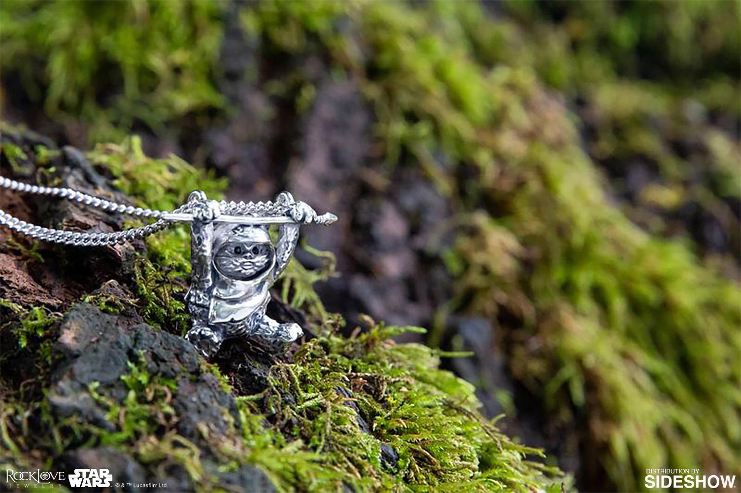 ROTJ-Ewok-slider-necklace-02
