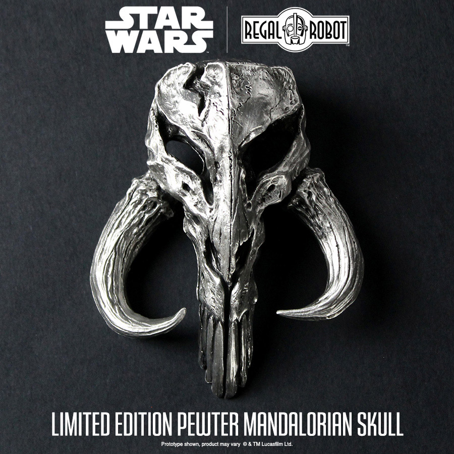 TM Pewter Mandalorian Skull Mini Sculpture 2