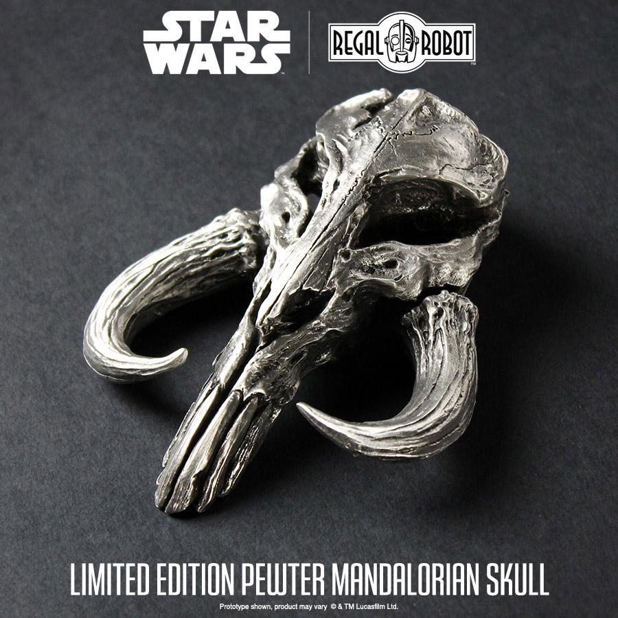 TM Pewter Mandalorian Skull Mini Sculpture 3