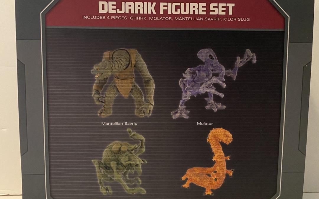 New Galaxy's Edge Dejarik Figure Set now in stock!