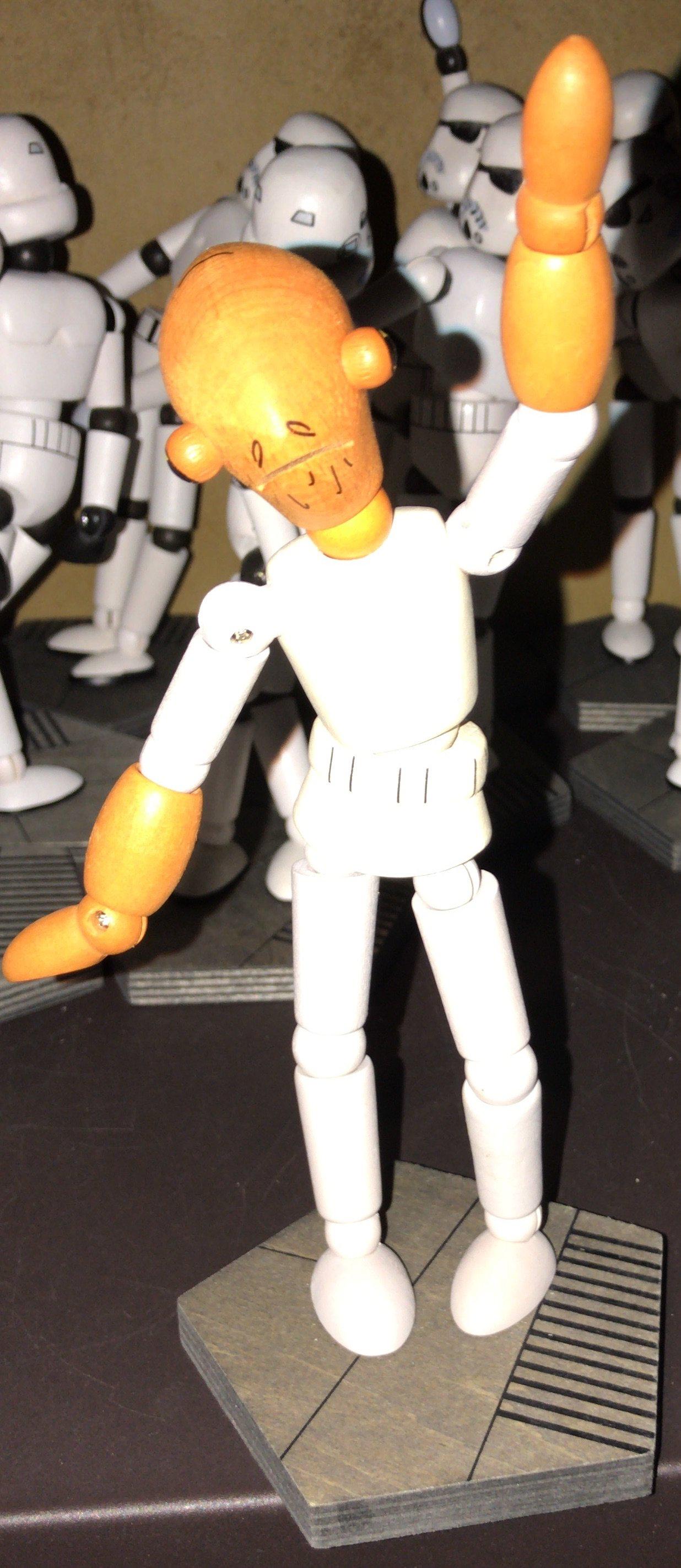 SWGE Admiral Ackbar Wooden Figurine