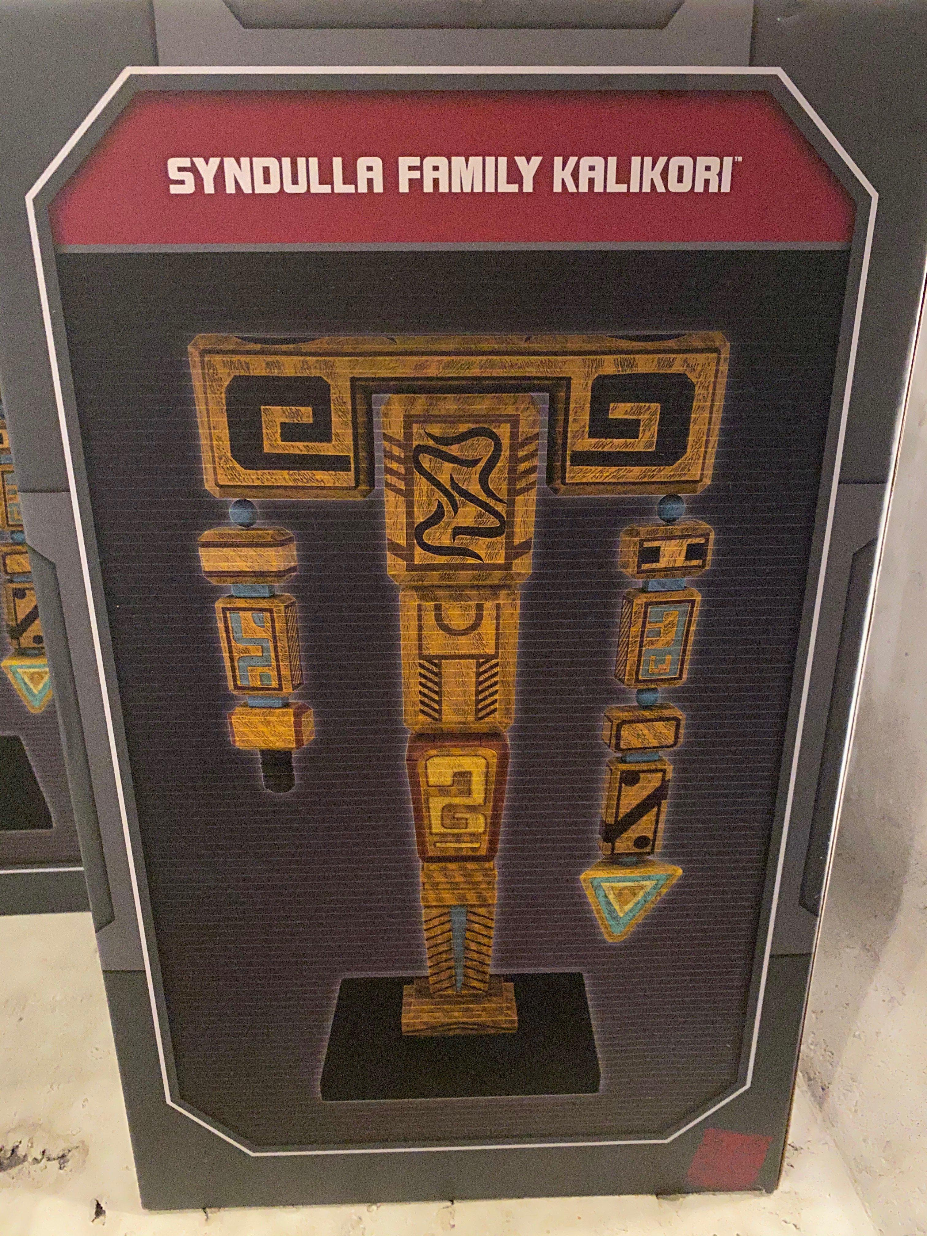 SWGE Syndulla Family Kalikori Figurine 1