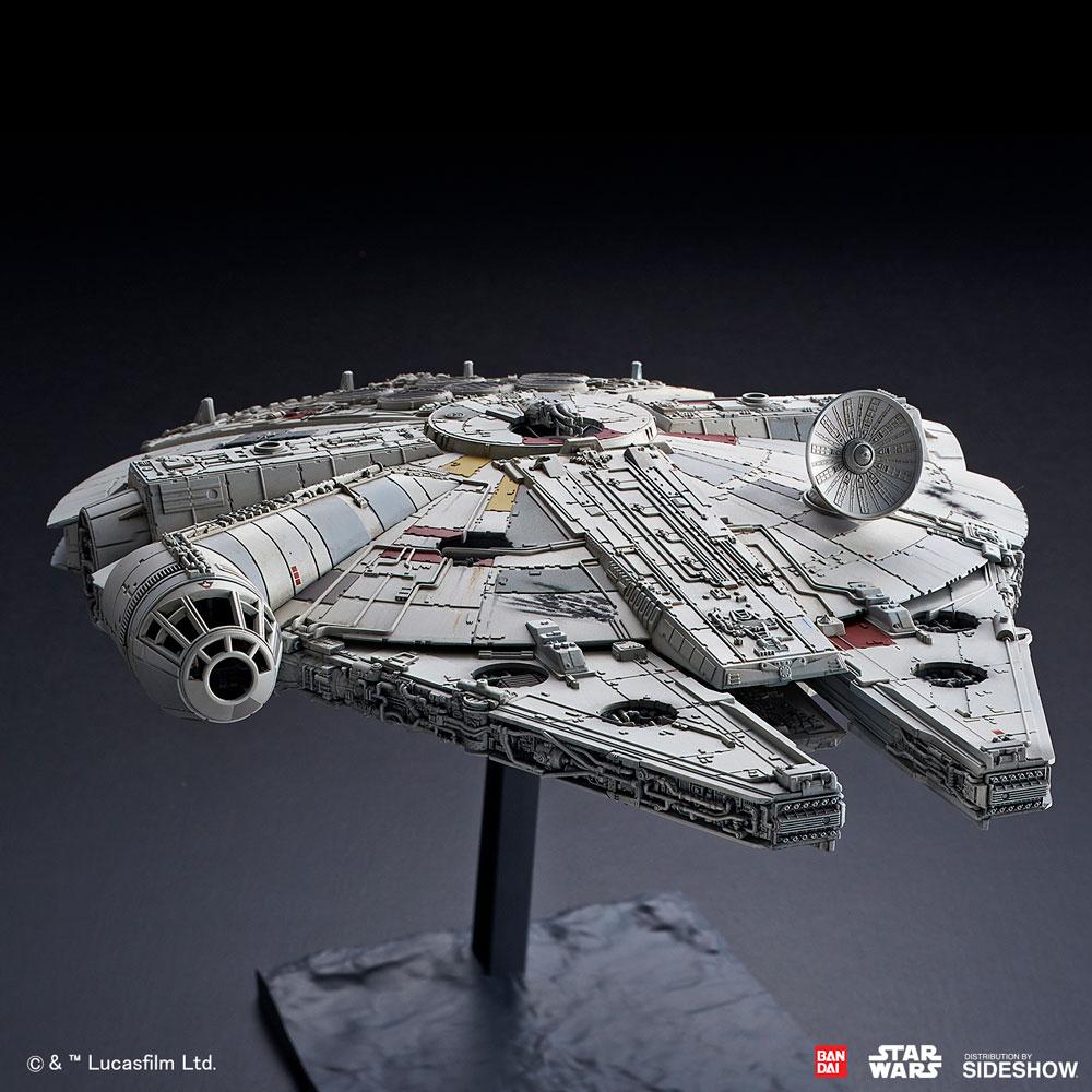 TROS Millennium Falcon Model Kit 2