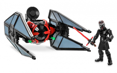 New Rise of Skywalker Kylo Ren with TIE Fighter Toybox Play Set in stock!