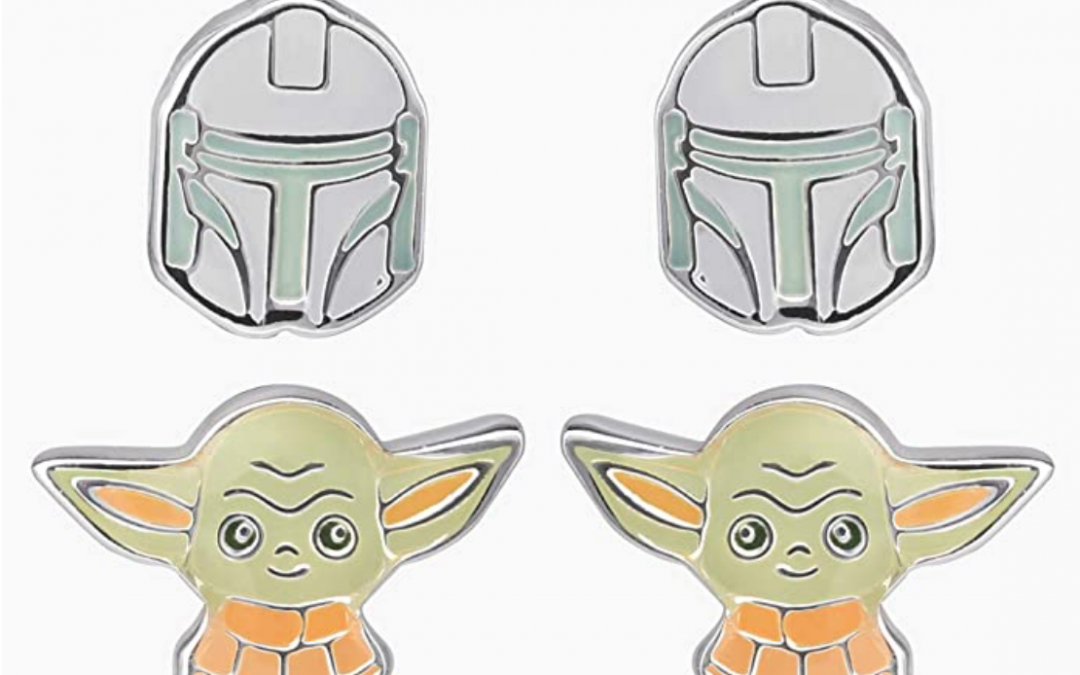 New The Mandalorian Mando (Din Djarin) and The Child (Grogu) Stud Earring Set available!
