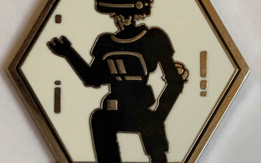 New Galaxy's Edge L3-37 Droid Depot Mystery Pin available!