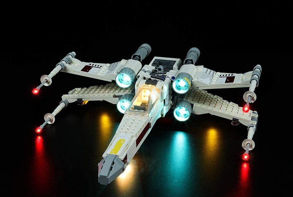 New Star Wars Luke Skywalker's X-Wing Fighter Lego Lighting Set!