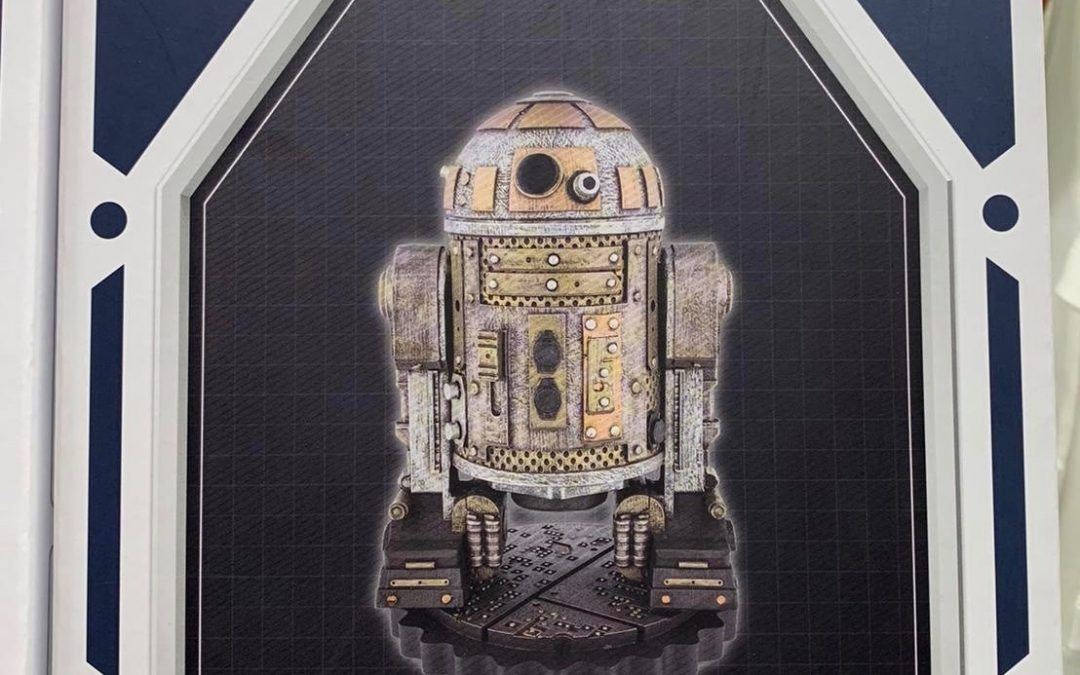 New Galaxy's Edge R2-D2 Upcycled Droid Depot Toy available now!